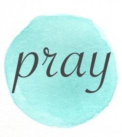 blue-circle-pray